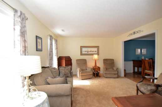 115 N Knightsbridge Court - Photo 4