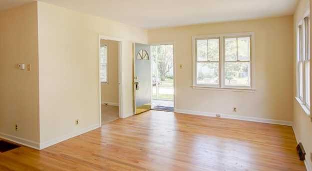 2064 Medway Road - Photo 8