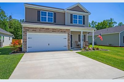 119 Clydesdale Circle - Photo 1