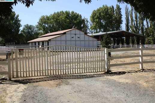 3701 Valley Oak Dr - Photo 2