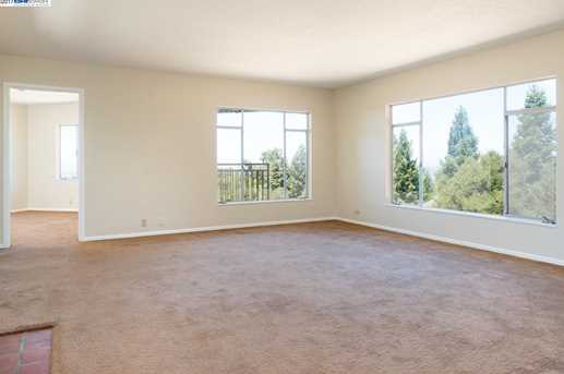 24694 Fairview Ave - Photo 8