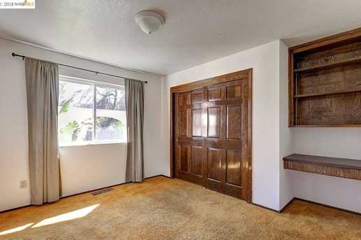 1479 Fairview Ave - Photo 32