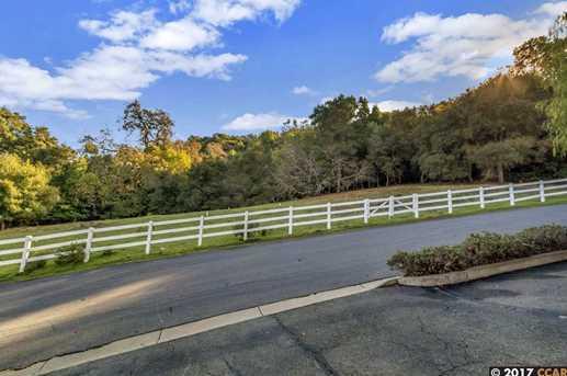 605 Highland Drive - Photo 12