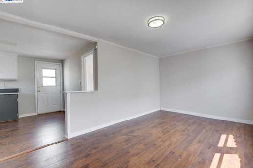1627 Lincoln Ave - Photo 18