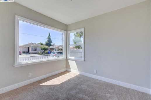 1627 Lincoln Ave - Photo 14
