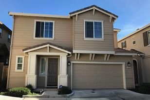 1021 Gridley - Photo 1