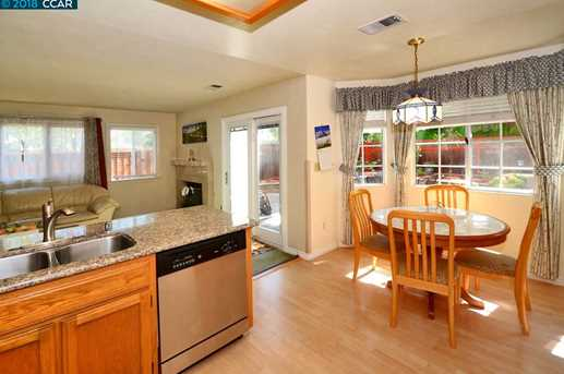1068 Green Point Ct - Photo 8