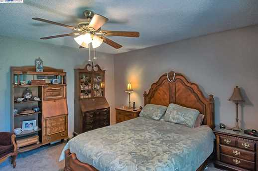 3059 Forest Hills Dr - Photo 20
