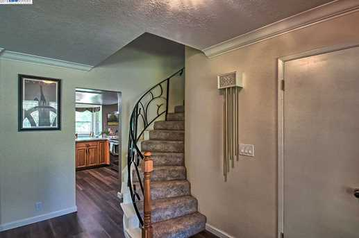 3059 Forest Hills Dr - Photo 18