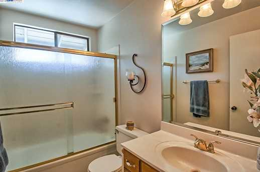 3059 Forest Hills Dr - Photo 28