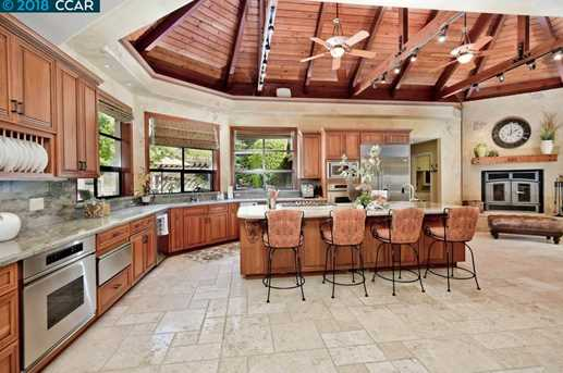 La Casa Via Walnut Creek CA MLS Coldwell Banker - Casavia tile