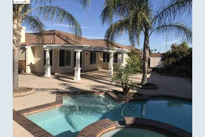 1127 Santa Margherita Way, Brentwood, CA 94513