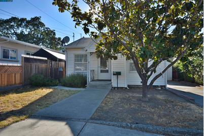 1141 Santa Fe Ave - Photo 1