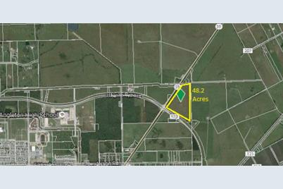 000 Highway 35 and Fm 523 - Photo 1