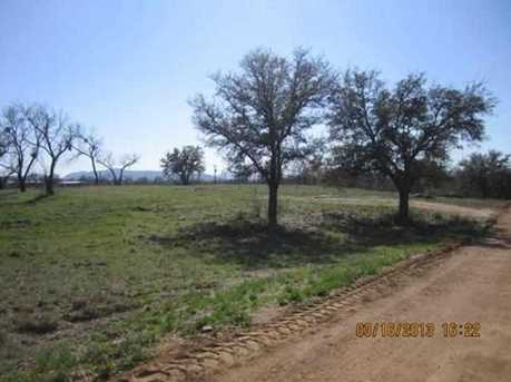 981,982 Dilley - Photo 1