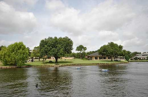 39 Waters Edge - Photo 1