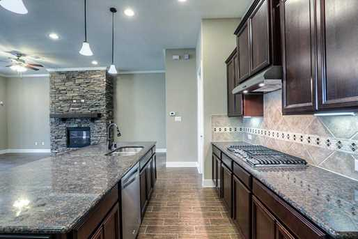 28003 Middlewater View - Photo 10