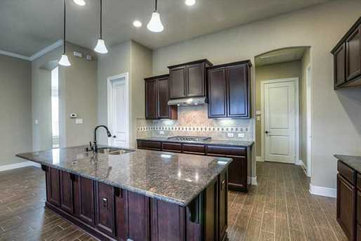 28003 Middlewater View - Photo 8