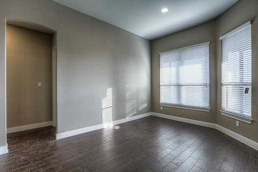 28003 Middlewater View - Photo 4