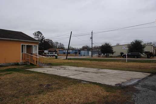 706 Cedar Bayou Road Road - Photo 8
