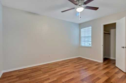 8914 Valley Hollow Drive - Photo 16