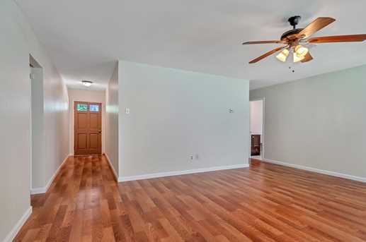 8914 Valley Hollow Drive - Photo 8