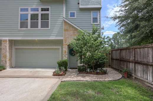 3303 Home Point Dr - Photo 2