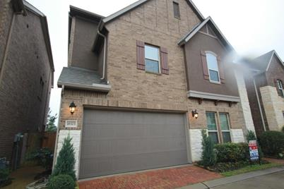 18323 Parkview Point Drive - Photo 1