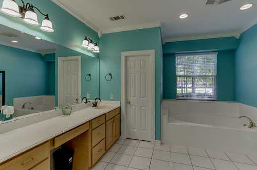 910 Winchester Bend - Photo 18