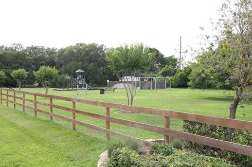 13419 Lake Ridge Drive - Photo 2