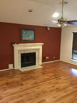 3910 Greenwood Dr - Photo 2