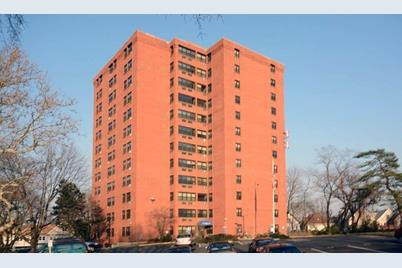 285 Maplewood Avenue - Photo 1