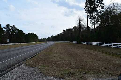 21884 State Hwy 242 - Photo 4