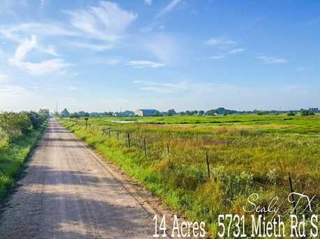 5731 Mieth - Photo 1