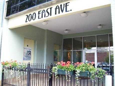 200 East - Photo 4