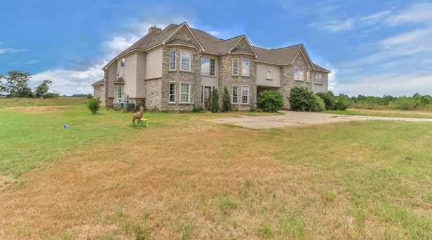 15015 House - Photo 2
