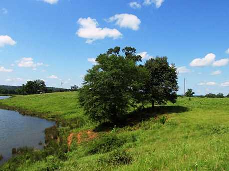 1277 County Rd 3216 - Photo 20