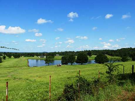 1277 County Rd 3216 - Photo 2