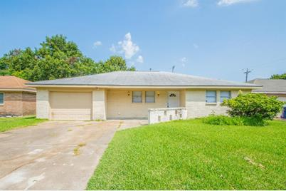 Pleasing 2306 14Th Ave N Avenue N Texas City Tx 77590 Download Free Architecture Designs Aeocymadebymaigaardcom