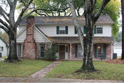 10706 Holly Springs Drive - Photo 1
