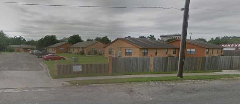 509 Old Robstown - Photo 2