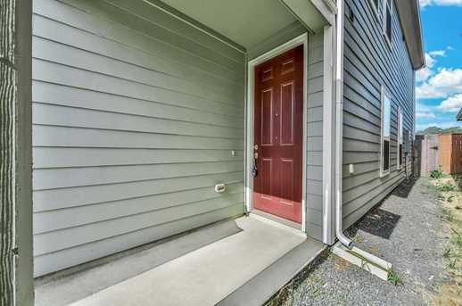 1851 Commons Hill - Photo 2