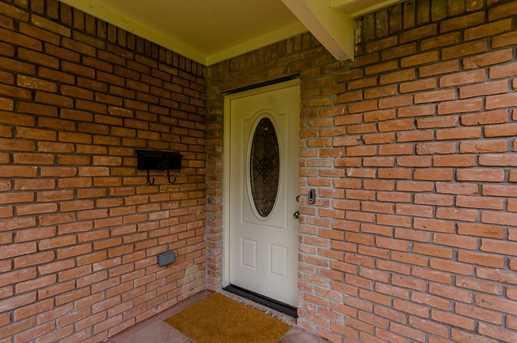 6801 Edgemoor Drive - Photo 8