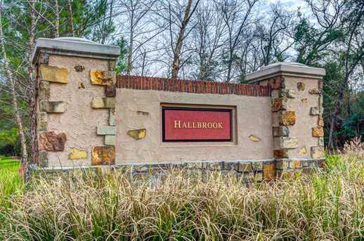 63 Hallbrook - Photo 6