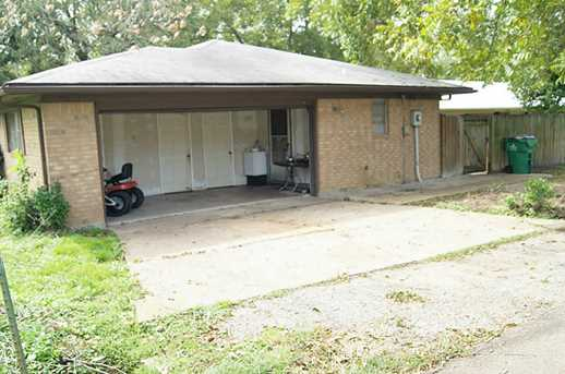 815 Stutts - Photo 26