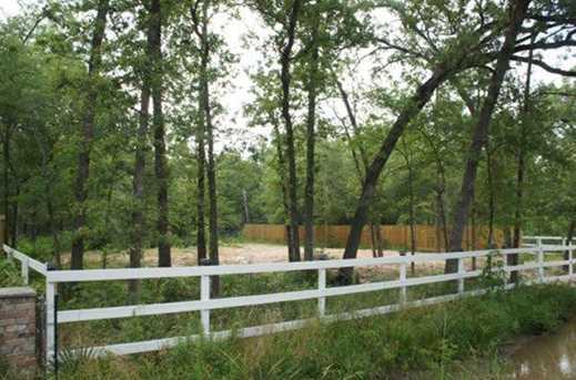 17110 Bending Oaks - Photo 1