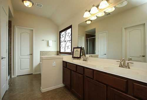 178 Country Crossing - Photo 10