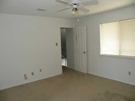 631 Northlawn Dr - Photo 10