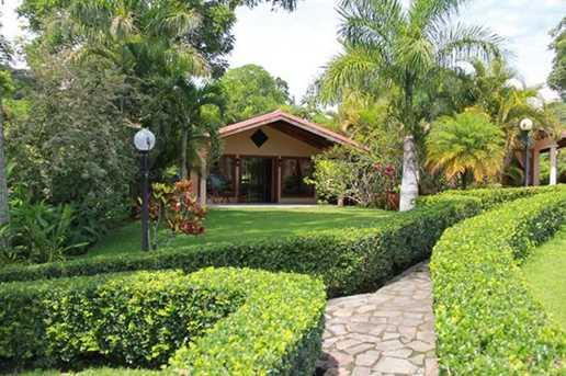 0 Poco Cielo Resort - Photo 12