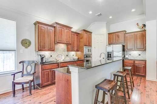 8606 Two Sisters Ct - Photo 10